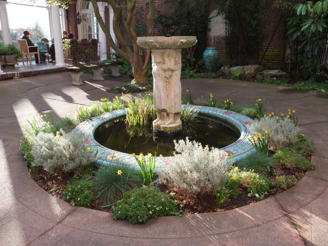 Fountain with daffodils